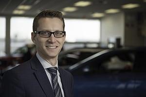 Dean Bush : Sales Manager